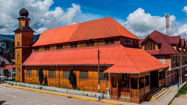 Conocer el Perú - Ciudad de Oxapampa (Pasco)