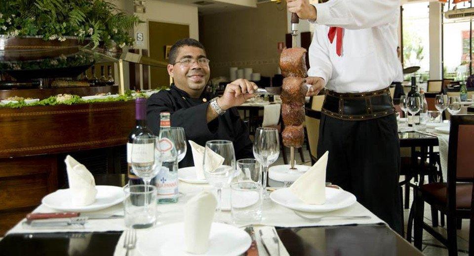 Restaurante rodizio lima los olivos emarket per for Comida francesa en lima